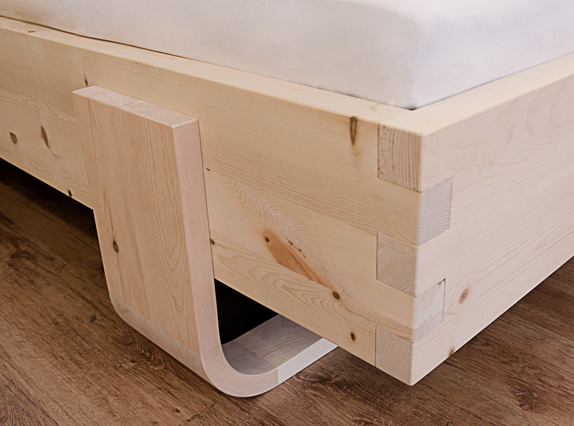 vollholzbetten doppelbett zirbe 180 200 cm. Black Bedroom Furniture Sets. Home Design Ideas
