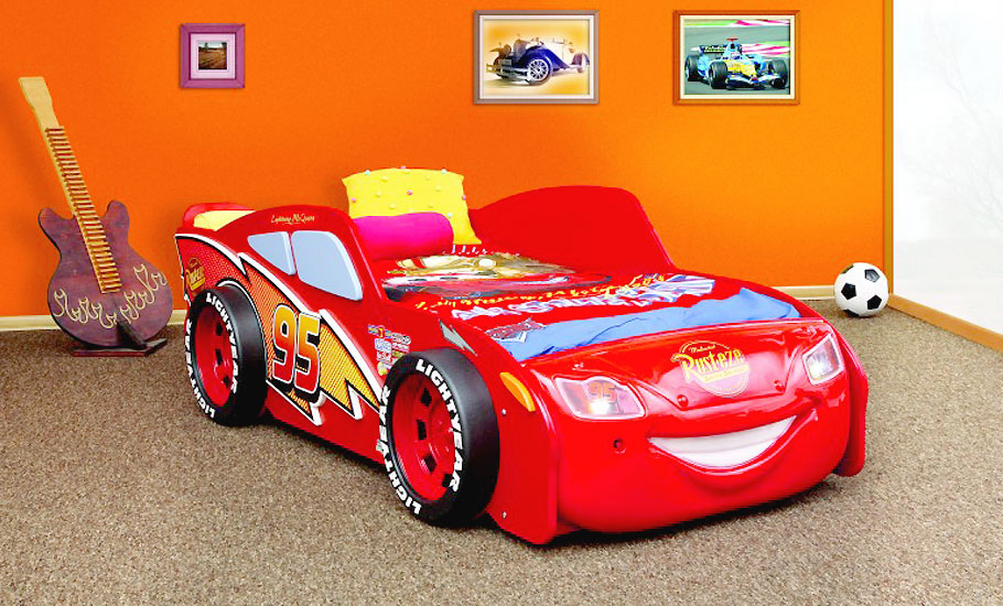 kinderbett disney cars lightning mcqueen autobett bett matratze lattenrost ebay. Black Bedroom Furniture Sets. Home Design Ideas