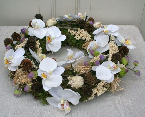 adventskranz weihnachtskranz kranz orchidee mit led. Black Bedroom Furniture Sets. Home Design Ideas