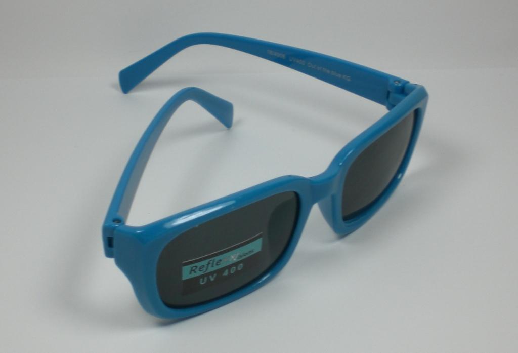 kinder sonnenbrille f r 3 6 jahre uv 400 kunststoff m dchen jungen. Black Bedroom Furniture Sets. Home Design Ideas