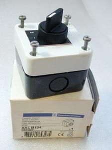Telemecanique XAL B134 Aufbaugehäuse