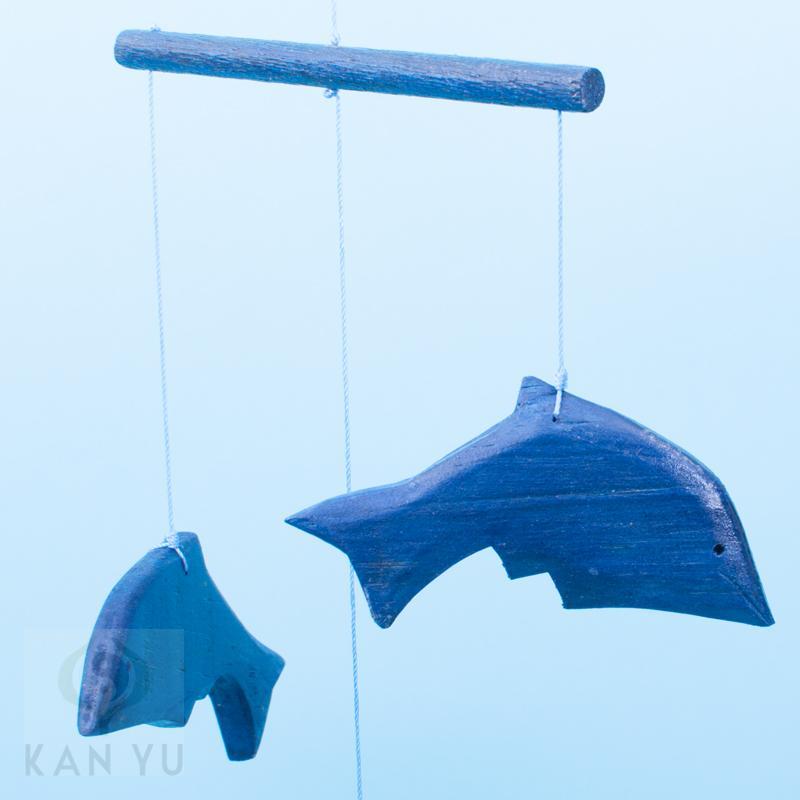 delfin mobile holz blau t rkis windspiel feng shui. Black Bedroom Furniture Sets. Home Design Ideas
