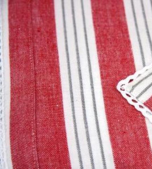 tischdecke omrom rot wei grau gestreift bord re in 140x180 oder 140x250 cm ebay. Black Bedroom Furniture Sets. Home Design Ideas