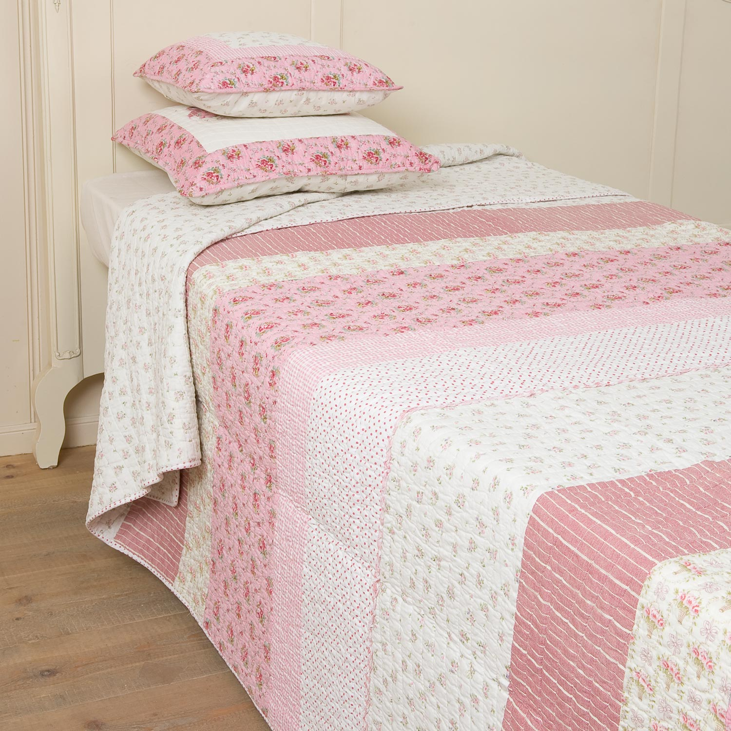 clayre eef tagesdecke quilt plaid matroschka pink rosa. Black Bedroom Furniture Sets. Home Design Ideas