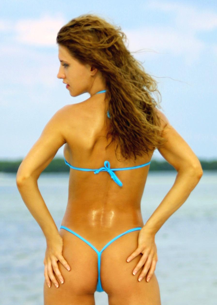 Bikini g in String Frau