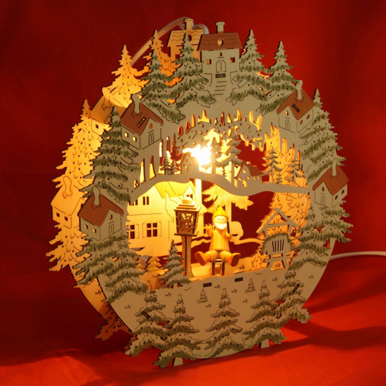 fensterbild weihnachten beleuchtet weihnachtsmann auf. Black Bedroom Furniture Sets. Home Design Ideas