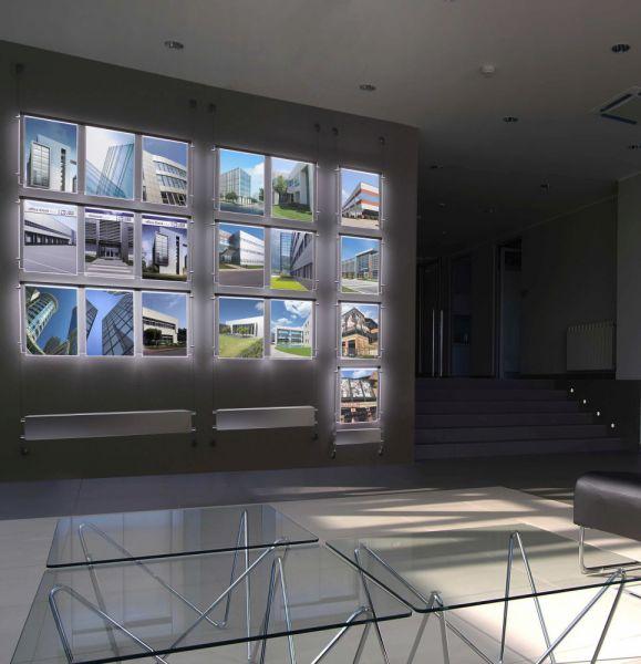 expos halter led beleuchtet als seilsystem kompettset fly shine halter seil. Black Bedroom Furniture Sets. Home Design Ideas