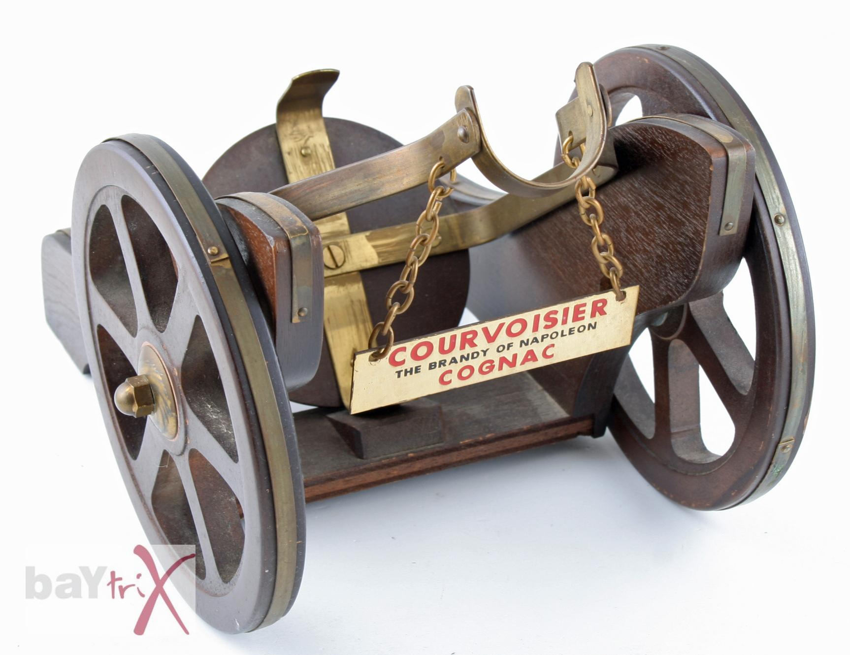 flaschenhalter holz kanone courvoisier the brandy of. Black Bedroom Furniture Sets. Home Design Ideas