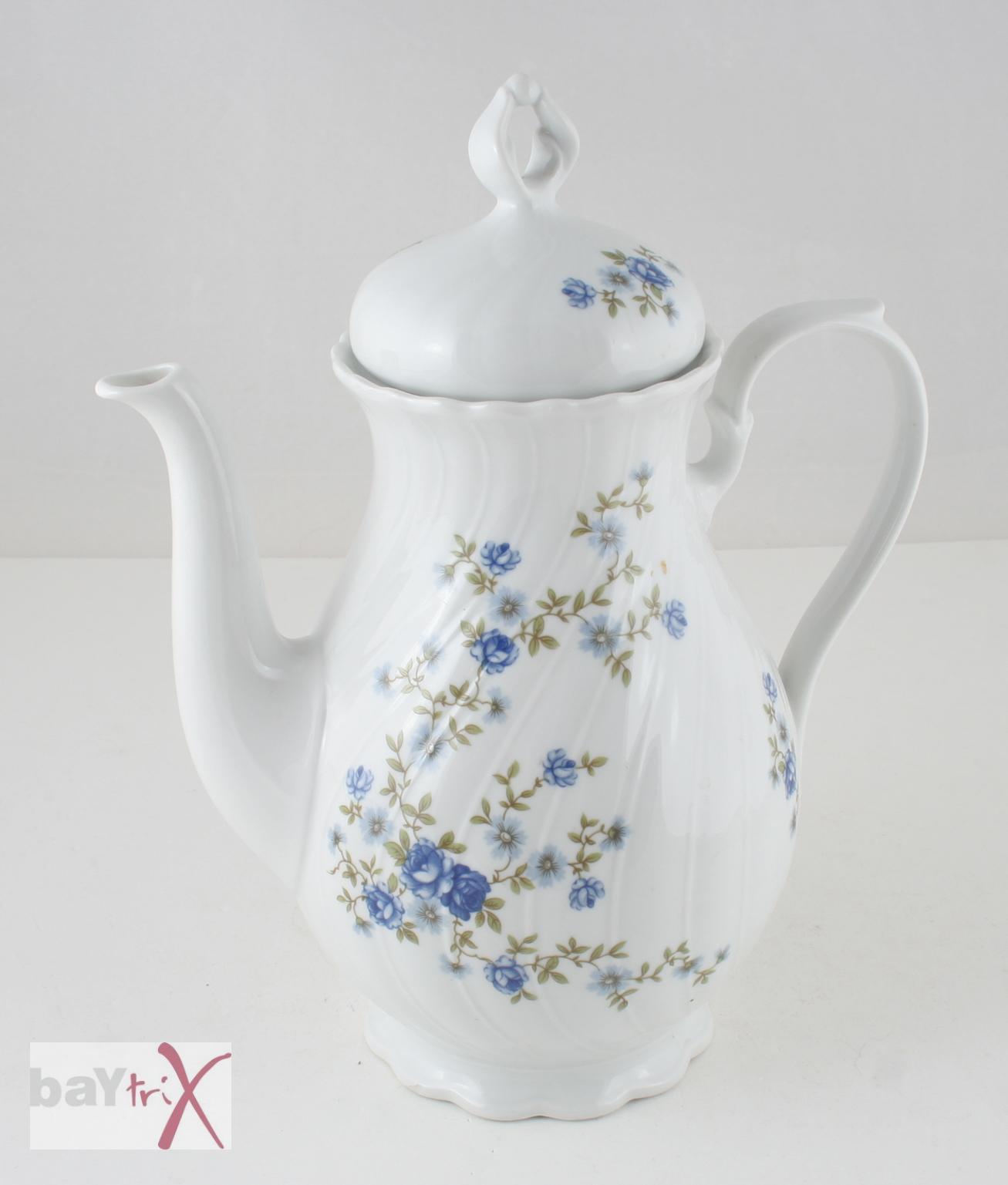 kaffeekanne regina seltmann weiden bavaria porzellan wei mit blauen r schen ebay. Black Bedroom Furniture Sets. Home Design Ideas