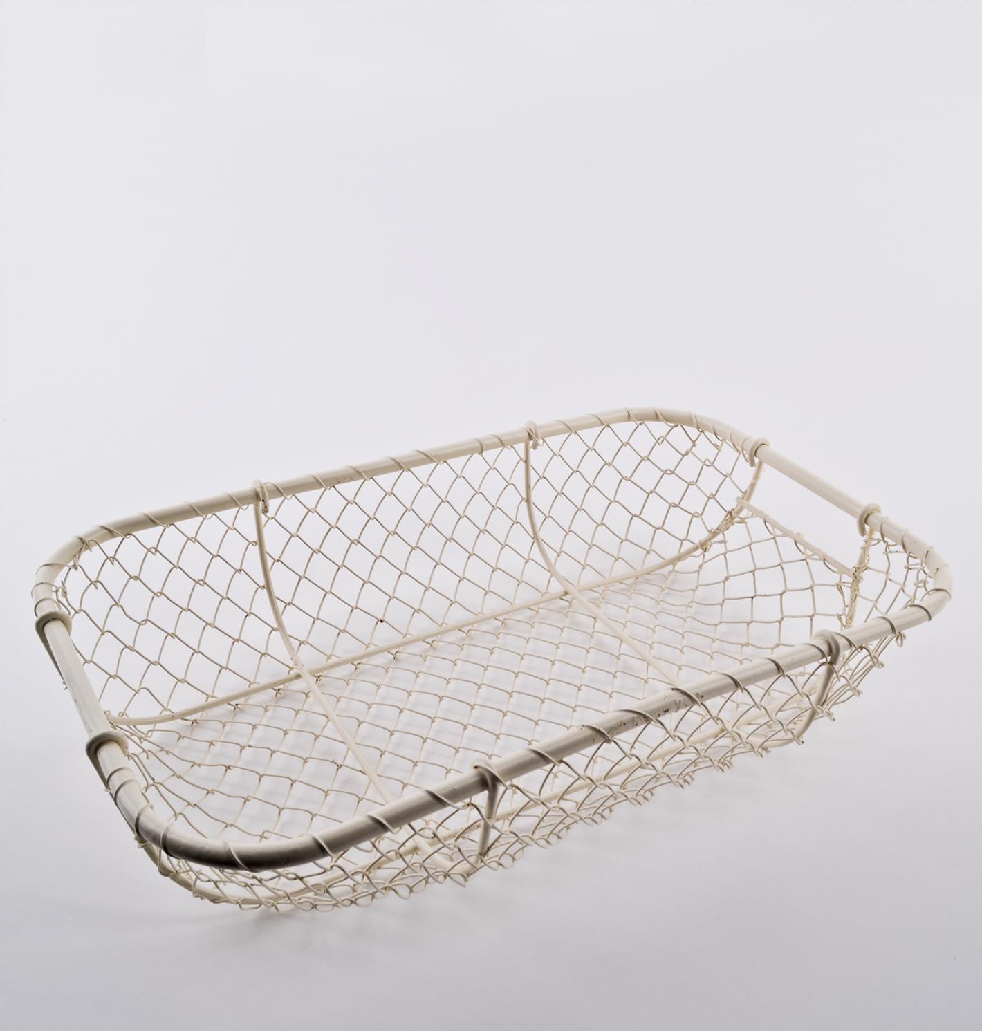 korb draht design metall 38x23cm creme drahtkorb obstkorb metallkorb ebay. Black Bedroom Furniture Sets. Home Design Ideas