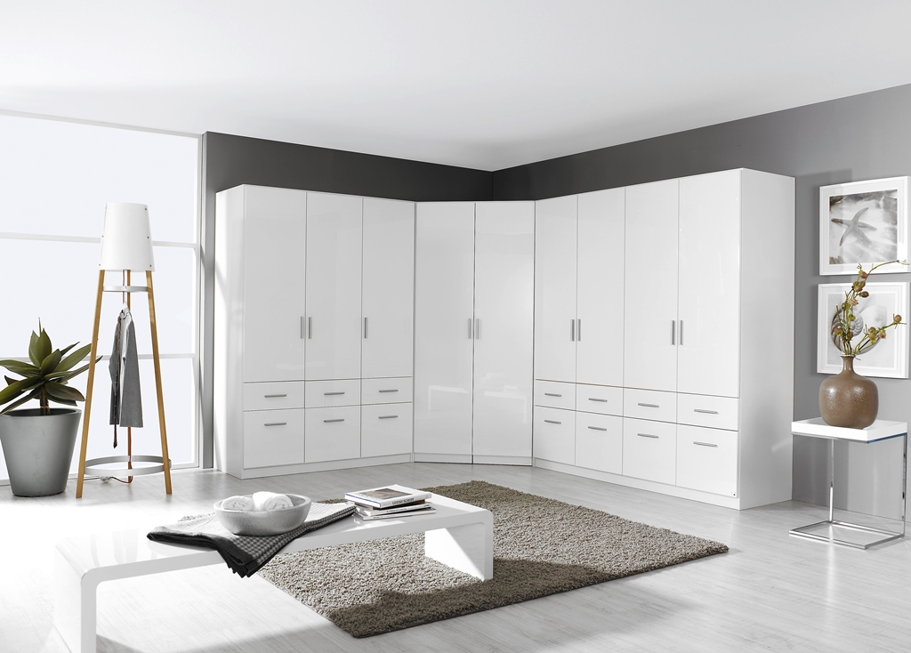 rauch eck kleiderschrank celle hochglanz 117 x 117 cm. Black Bedroom Furniture Sets. Home Design Ideas