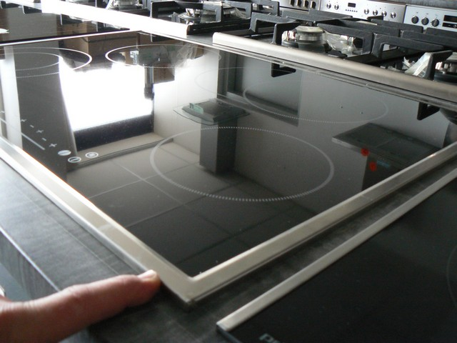 kochfeld herdplatte autark 77 cm breit glaskeramik. Black Bedroom Furniture Sets. Home Design Ideas