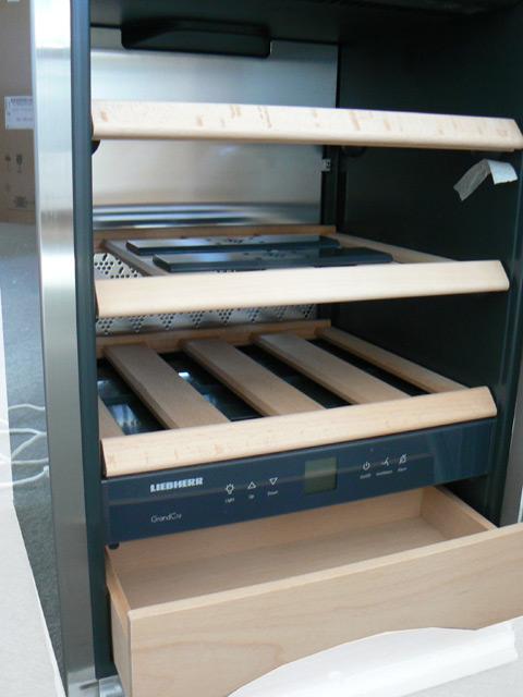 liebherr wkes 653 20 weinklimaschrank glast re standger t weinschrank va a ebay. Black Bedroom Furniture Sets. Home Design Ideas
