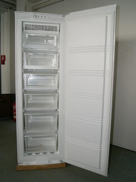 stand gefrierschrank abtauautomatik 5 schubl a no frost abtauautomatik neu ebay. Black Bedroom Furniture Sets. Home Design Ideas