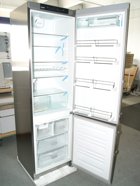 liebherr k hl gefrier kombi k hlschrank gefrier icemaker eisw rfel nofrost a ebay. Black Bedroom Furniture Sets. Home Design Ideas