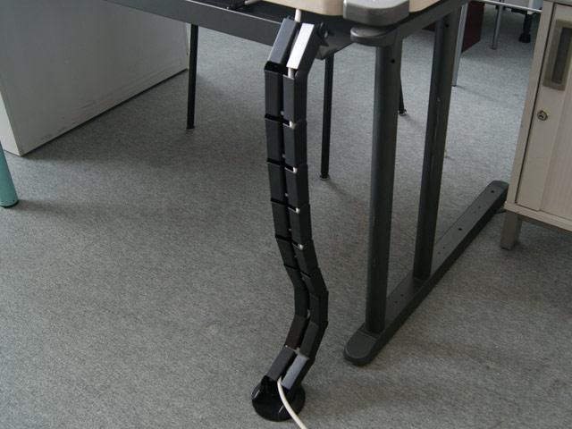 schlauch schlauchkanal kabelkanal pvc schreibtisch b ro b roschreibtisch pc lap. Black Bedroom Furniture Sets. Home Design Ideas