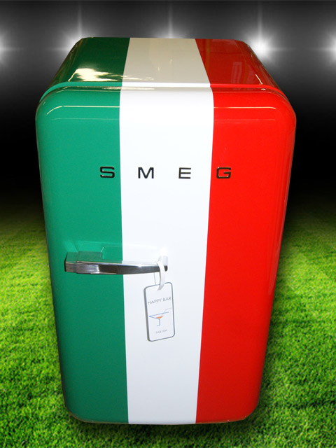 smeg fab10hrit italia italien 50er jahre retro 2 wahl abverkauf k hlschrank a ebay. Black Bedroom Furniture Sets. Home Design Ideas