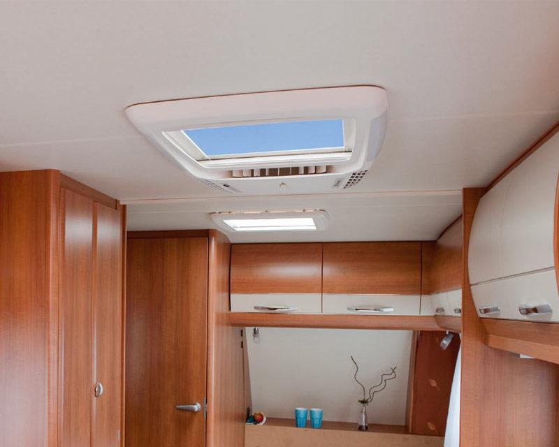 klimaanlage wohnmobil wohnwagen k hlen heizen heizung skiurlaub standheizung ebay. Black Bedroom Furniture Sets. Home Design Ideas