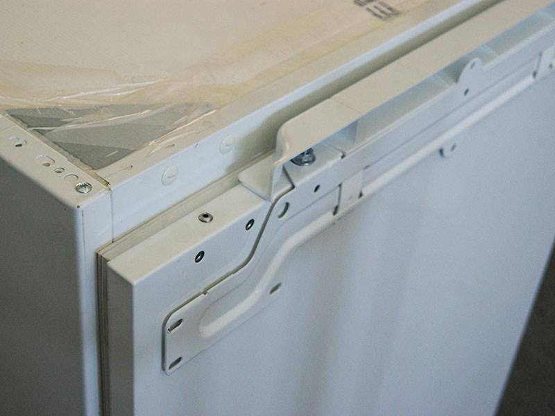 81 5 cm hoher unterbau k hlschrank festt rtechnik unter k chen arbeitsplatte ebay. Black Bedroom Furniture Sets. Home Design Ideas