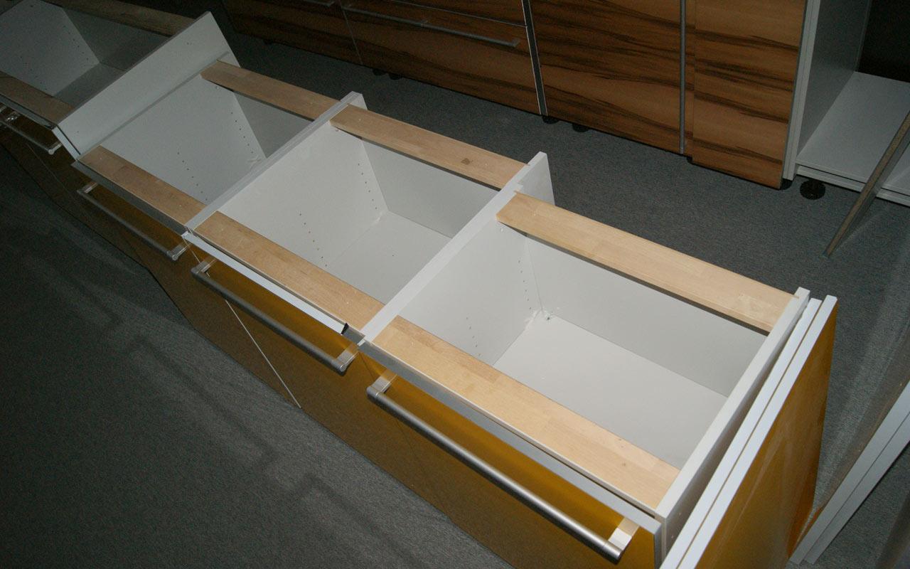 oster k che mit insel echtholzfurnier gelb musterk che variabel stellbar k che ebay. Black Bedroom Furniture Sets. Home Design Ideas