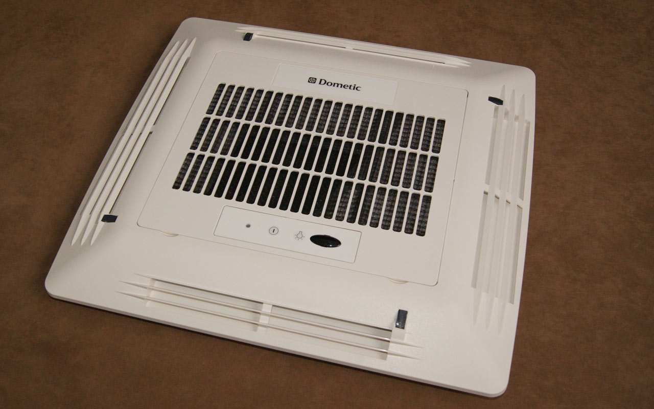 dometic dachklimaanlage klimaanlage f r wohnmobil. Black Bedroom Furniture Sets. Home Design Ideas