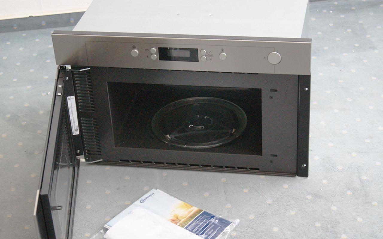 bauknecht einbau mikrowelle emwp 9238 pt geeignet f r 60. Black Bedroom Furniture Sets. Home Design Ideas