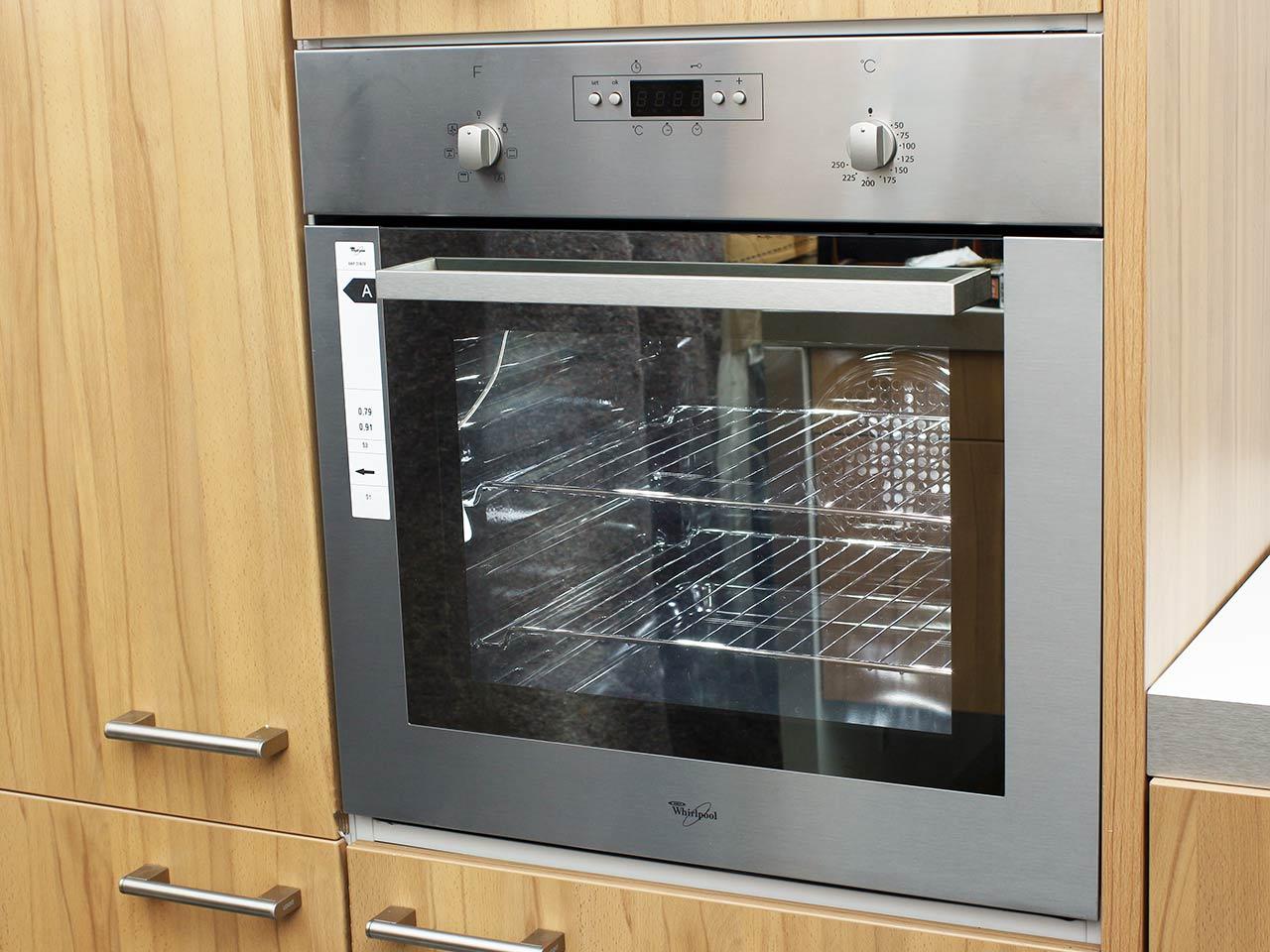 whirlpool akp 318 ix mit 220 v schuko stecker einbau. Black Bedroom Furniture Sets. Home Design Ideas