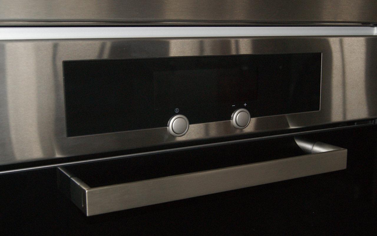 miele h4640b kat einbau backofen edelstahl orig 2217 eek a autark glas edel. Black Bedroom Furniture Sets. Home Design Ideas