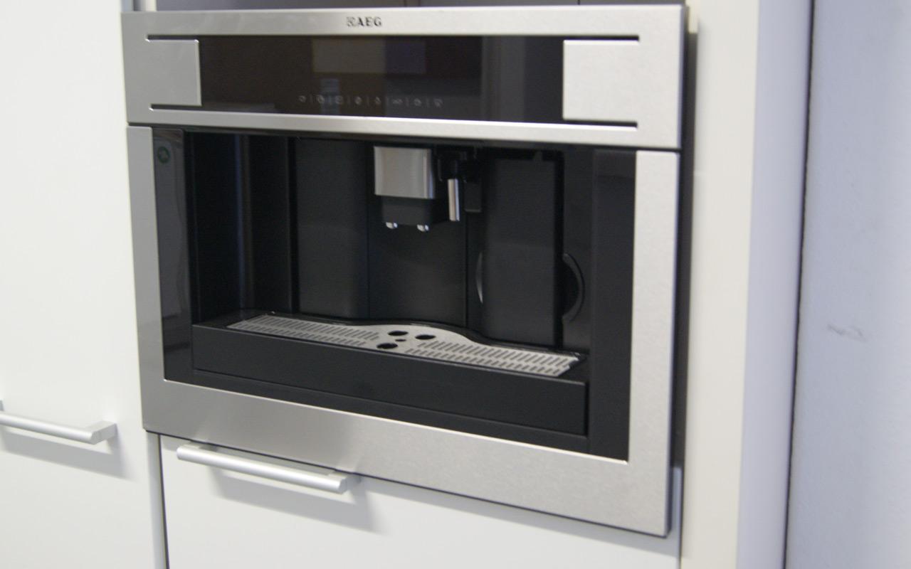 45cm aeg pe4571 kaffeevollautomat einbau kaffeemaschine. Black Bedroom Furniture Sets. Home Design Ideas