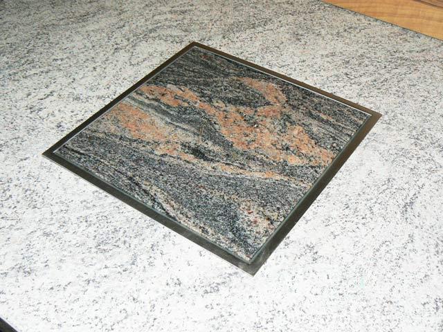 abstellfl che granit arbeitsplatte k che topf. Black Bedroom Furniture Sets. Home Design Ideas