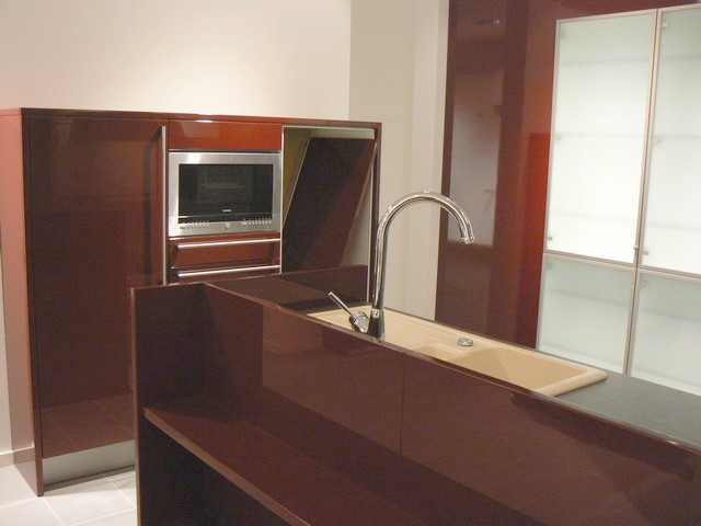 l u k che signia hochglanzfront weinrot siemens rolloschrank highbord theke ebay. Black Bedroom Furniture Sets. Home Design Ideas