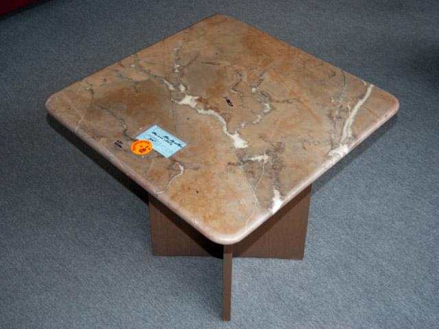 couchtisch mit marmor tischplatte marmortisch marmorplatte tisch wohnzimmer ebay. Black Bedroom Furniture Sets. Home Design Ideas