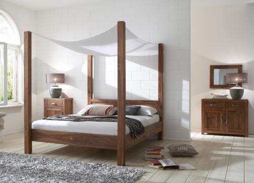 neu 4tlg schlafzimmer massiv 180cm himmelbett spiegel kommode nachttisch spiegel ebay. Black Bedroom Furniture Sets. Home Design Ideas