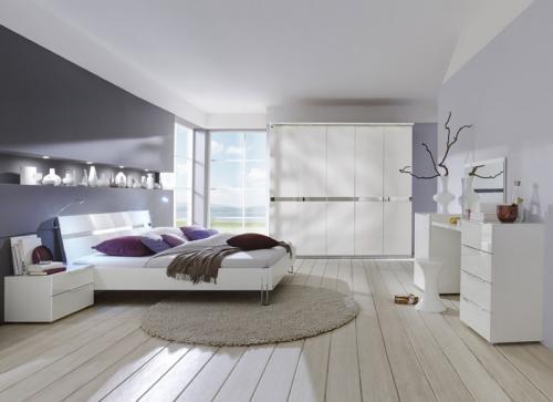 wow komplett schlafzimmer hochglanz wei kleiderschrank. Black Bedroom Furniture Sets. Home Design Ideas