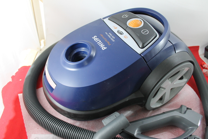 Philips FC915001 Staubsauger  2000 Watt  Performer  eBay ~ Staubsauger Philips Performer