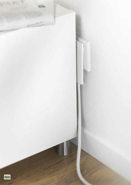 flachstecker weiss mit 1 5m verl ngerungskabel steckdose. Black Bedroom Furniture Sets. Home Design Ideas