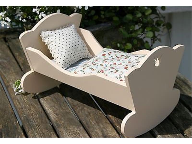 maileg baby wiege bett aus holz wei mit bettw sche f r hasen holzwiege ebay. Black Bedroom Furniture Sets. Home Design Ideas