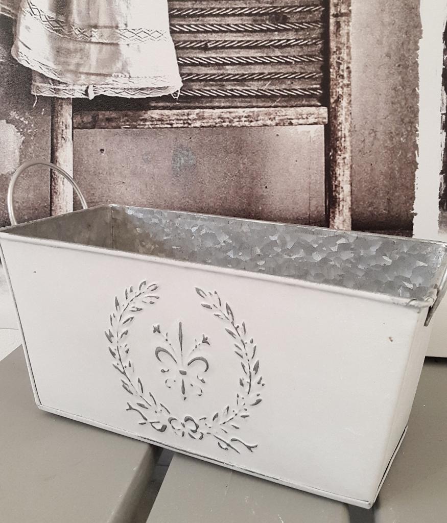 Holzkistchen Mit Hübsch Kleines Schwedenhaus Shabby Chic: Schöner Übertopf In Weiß Topf Shabby Chic Lilie Kleines