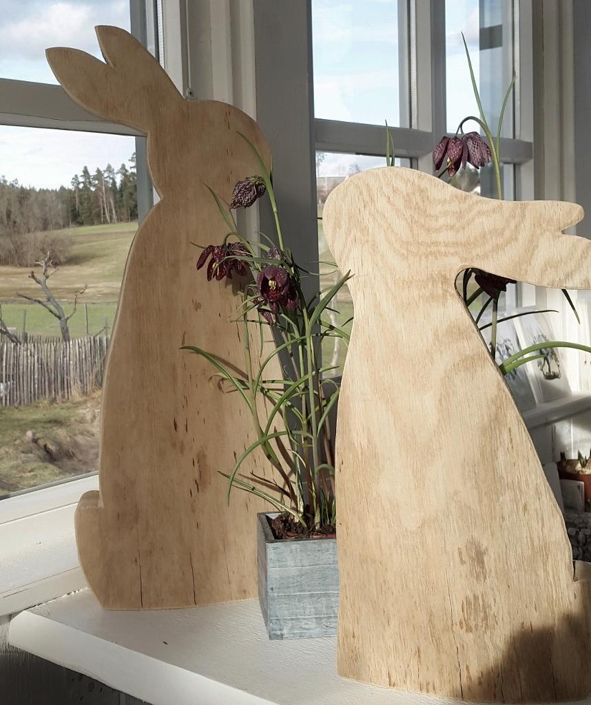 sch ner hase aus holz osterdeko kleines schwedenhaus ebay. Black Bedroom Furniture Sets. Home Design Ideas