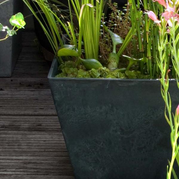 30 x 30 cm blumentopf fensterbank innen aussen frostsicher blumenkasten h 14 cm ebay. Black Bedroom Furniture Sets. Home Design Ideas