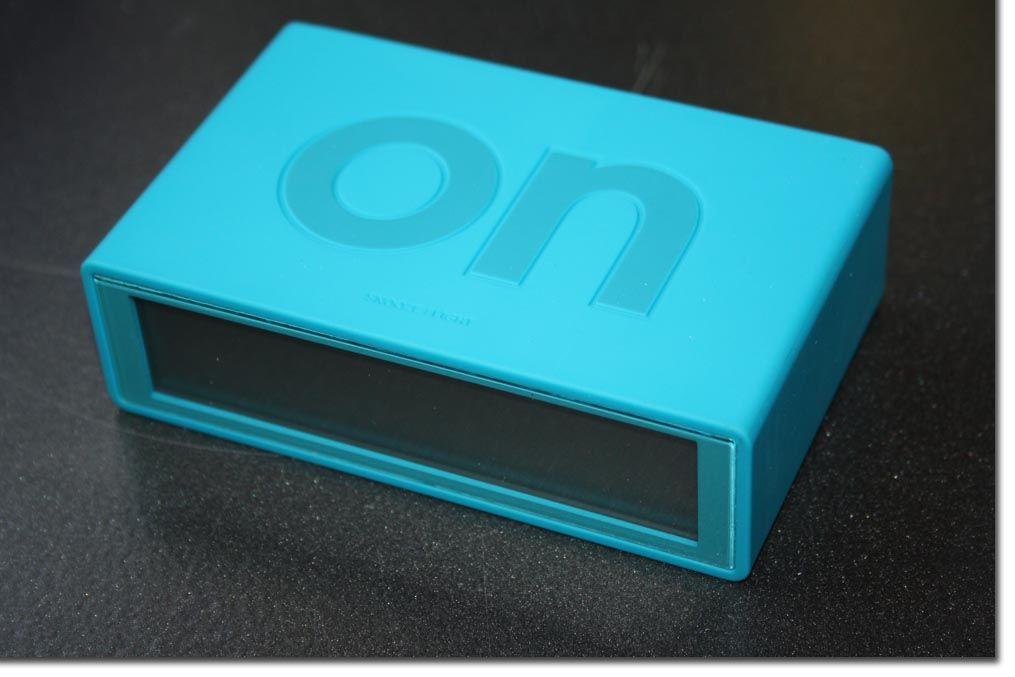 lexon flip lcd wecker blau wecker uhr besch digt ebay. Black Bedroom Furniture Sets. Home Design Ideas