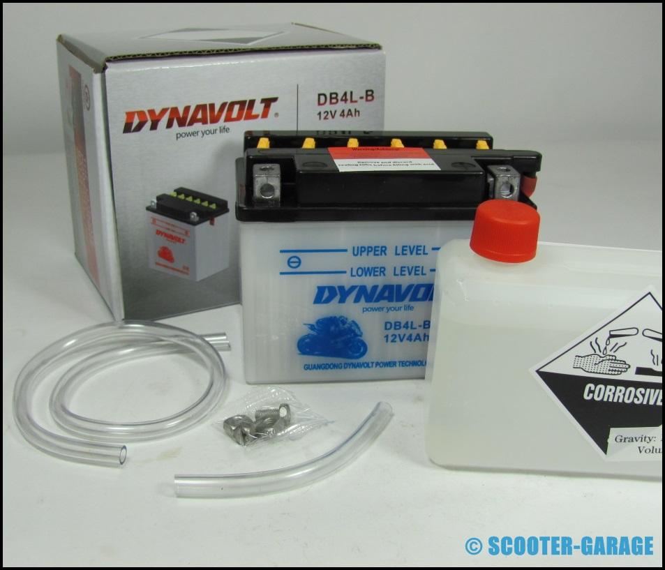 roller batterie dynavolt 12v 4 ah yamaha aerox bws. Black Bedroom Furniture Sets. Home Design Ideas