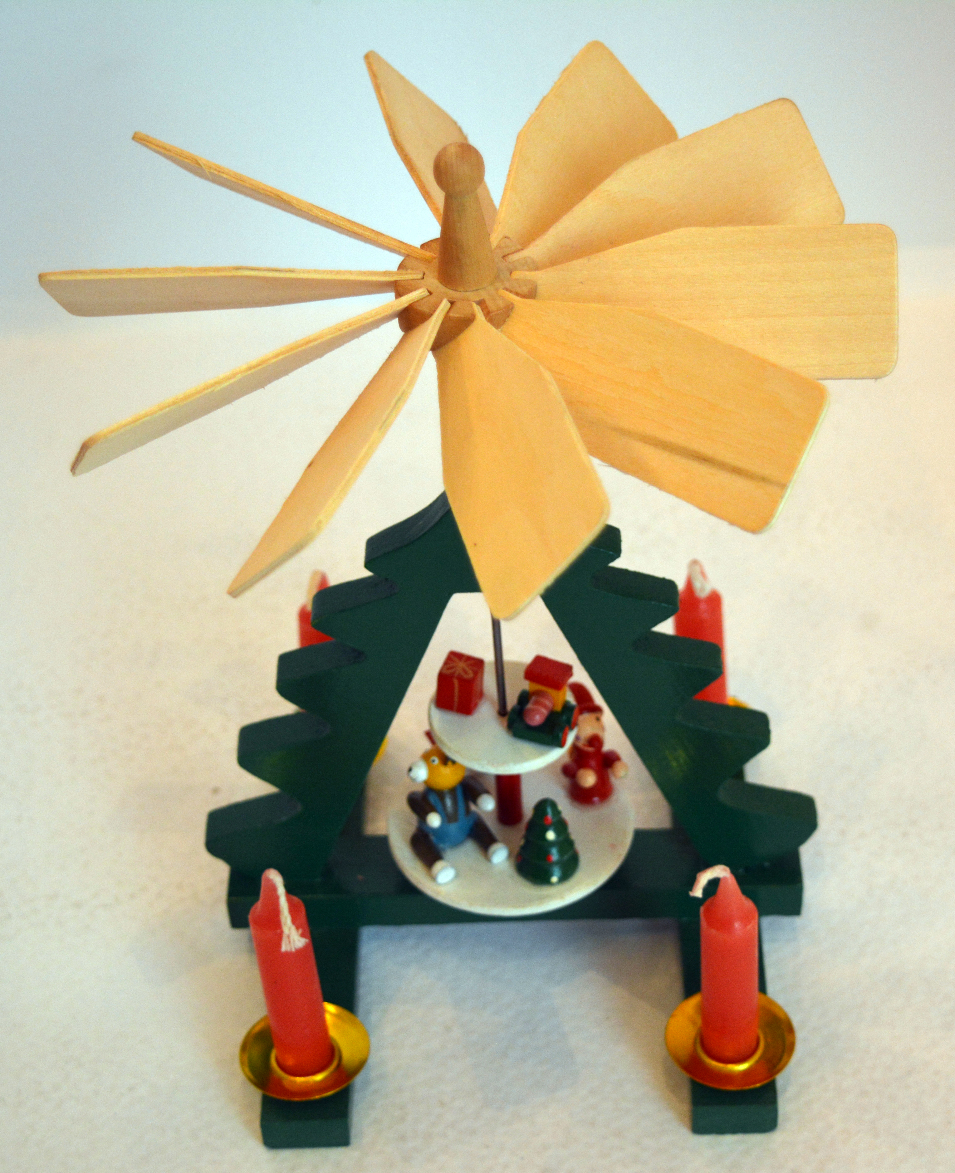 Weihnachtspyramide Advent Drehbar Kerzen Weihnachtsdeko
