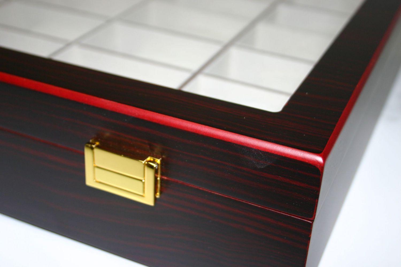 2 wahl holz uhrenvitrine uhrenbox f r 30 uhren holzuhrenschatulle f r die wand ebay. Black Bedroom Furniture Sets. Home Design Ideas