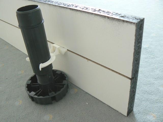 klemmen k chenf e k che sockel sockelleiste klammer k che. Black Bedroom Furniture Sets. Home Design Ideas
