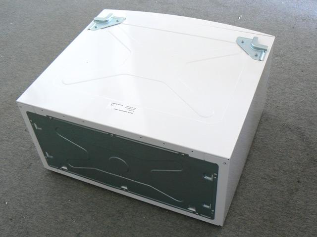 schublade f r waschmaschine kondenstrockner trockner. Black Bedroom Furniture Sets. Home Design Ideas