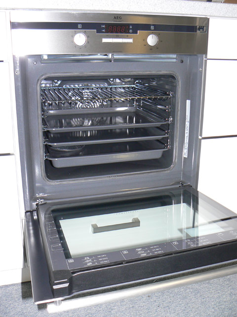 aeg backofen 8 programme isofront plus aeg competence b41010 5 m. Black Bedroom Furniture Sets. Home Design Ideas