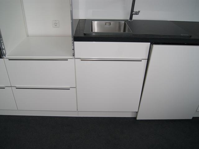 sp lbecken nobilia m bel design idee f r sie. Black Bedroom Furniture Sets. Home Design Ideas