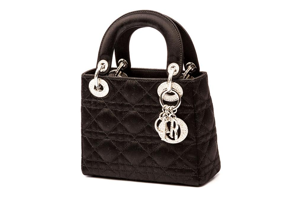 christian dior handtasche schwarz lady dior mini aus satin wie neu ebay. Black Bedroom Furniture Sets. Home Design Ideas